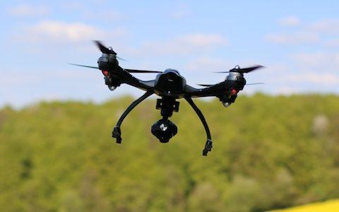 Jongere schiet drone van buurjongen uit de lucht